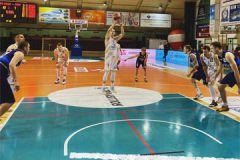 Koszykówka - 1LM. Dziki pokonane