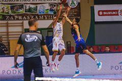 Koszykówka - 1LM. Z Opola z tarczą